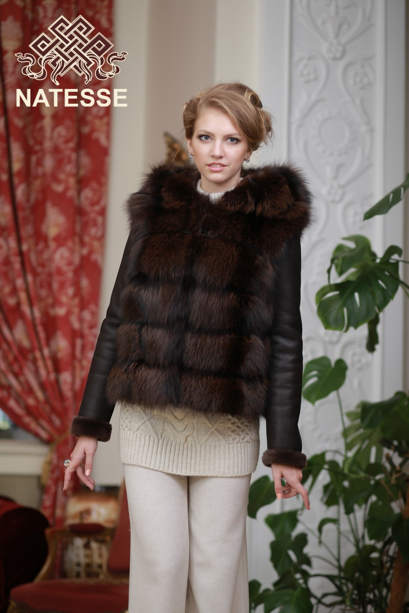 c332ebcefb56 ... Convertible silver fox fur coat 4 in 1 in coqniac color ...