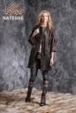 Пальто из коричневой каракульчи