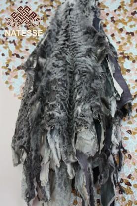 Broadtail fur hides gray
