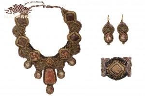 Ожерелье серьги браслет из яшмы набор