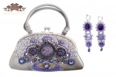 """Кожаная сумочка с вышивкой натуральными камнями """"Фиолет"""""""